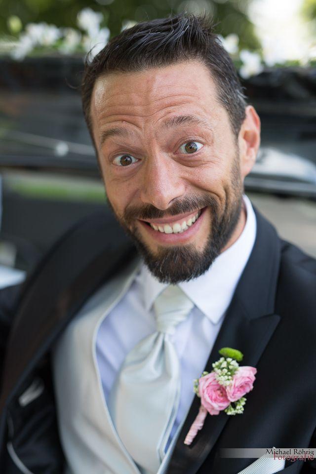 Michael Röhrig Hochzeitsfotograf - fröhlicher Bräutigam
