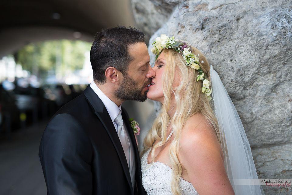 Michael Röhrig Hochzeitsfotograf - Brautpaar Küsse