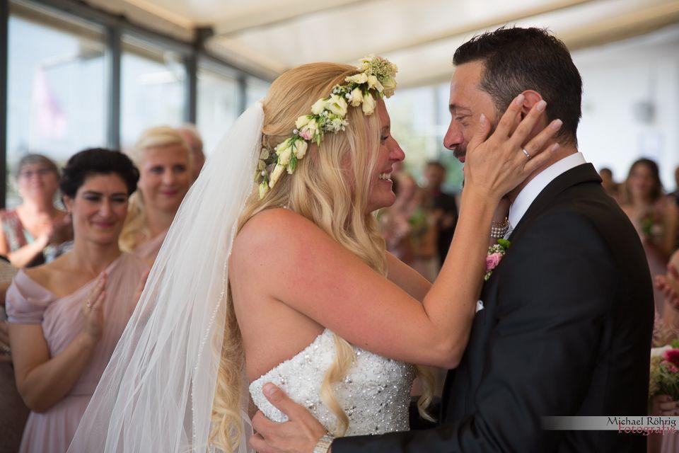 Michael Röhrig Hochzeitsfotograf - emotionale Trauung